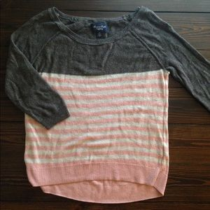 Comfy American Eagle 3/4 sleeve sweater